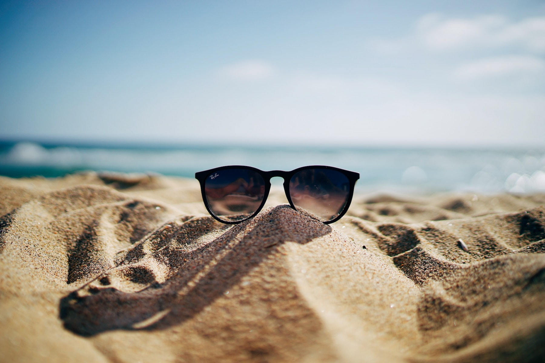 Take Care of Your Eyes in Summer